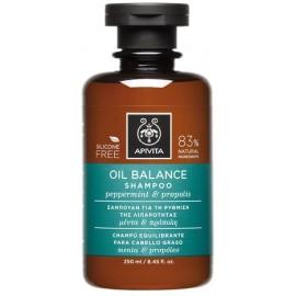 Apivita Σαμπουάν Oil Balance Ρύθμισης Λιπαρότητας με Μέντα & Πρόπολη 250ml