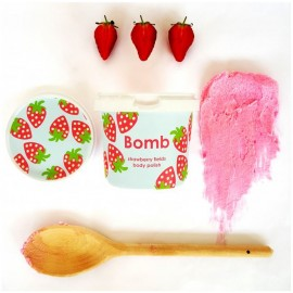 Bomb Cosmetics Strawberry Fields Shower Polish 365ml